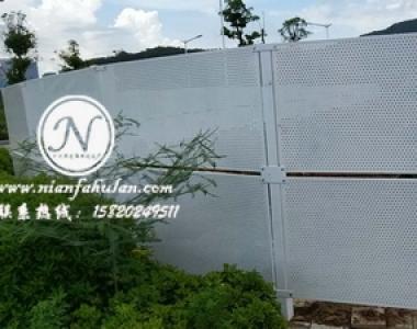 防风型冲孔板护栏网