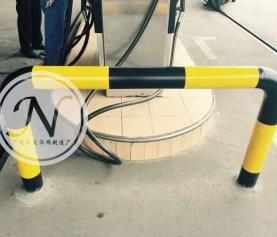 U型防护栏停车挡车器,停车场专用止退长钢管防撞护栏