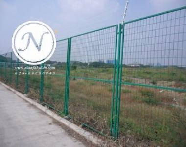 绿色公路安全围栏网